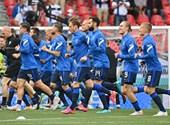 20:30-kor folytatják az Eriksen összeesését követően félbeszakadt a Dánia - Finnország mérkőzést – percről percre közvetítés az Eb-ről a hvg.hu-n