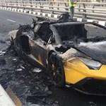 Szóval így gyulladt ki és égett le a világ egyik legkülönlegesebb Lamborghinije – videó