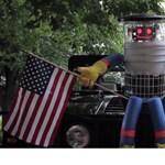 Vandálok verték szét a stoppoló robotot