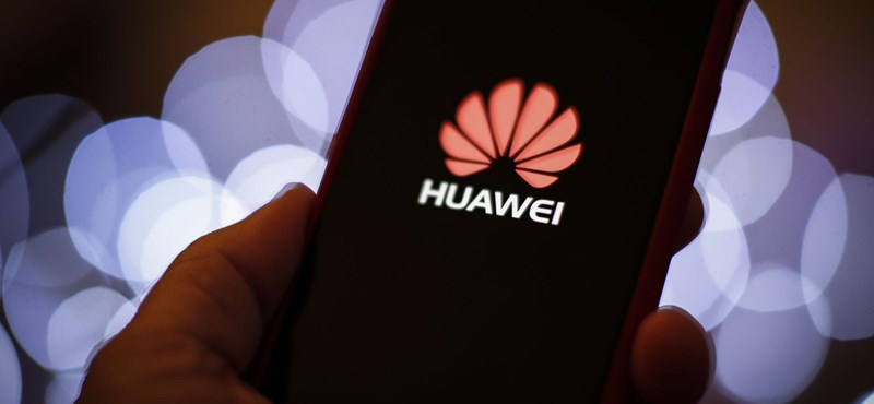 "Reuters: Google resets Huawei, removing its Android ""width ="" 800 ""height ="" 370"