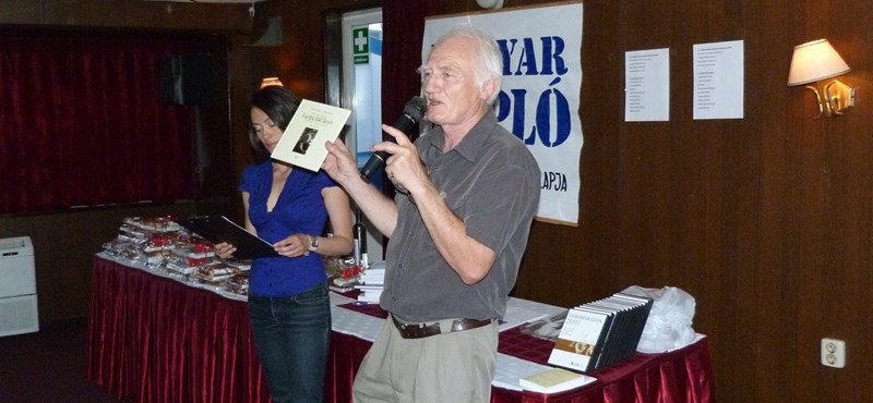 Meghalt Oláh János író, költő