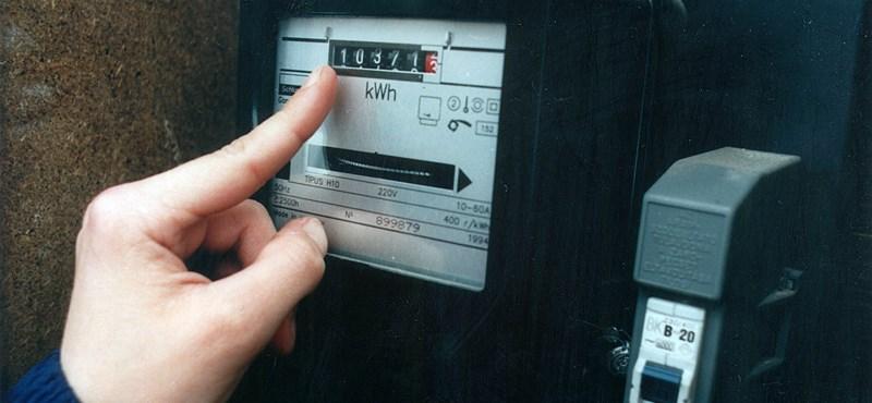 Mennyit bukunk azon, hogy, hogy órákat várunk a gázóra, vízóra, villanyóra leolvasására?