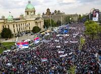 Belgrádi békement – Szijjártó Péter is Vucsics mellett