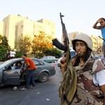 Ellentámadást indítottak Kadhafi hívei