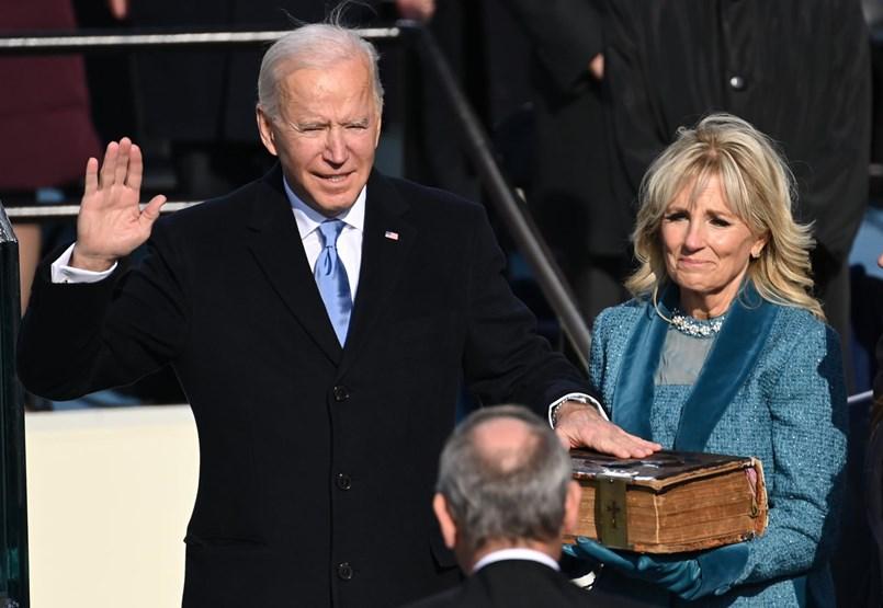Joe Biden letette az elnöki esküt és békés hatalomátadást kért – kövesse velünk élőben a beiktatási ceremóniát