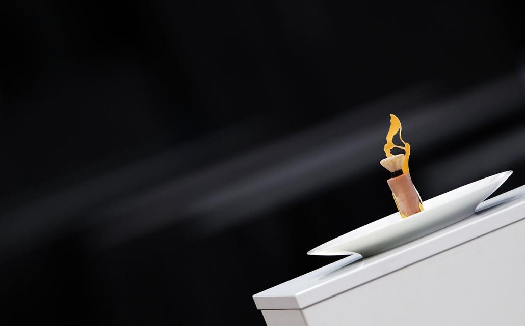 afp. 17.01.24. Svéd desszert fagyasztott gyümölcsökből a  Bocuse d'Or döntőjében.