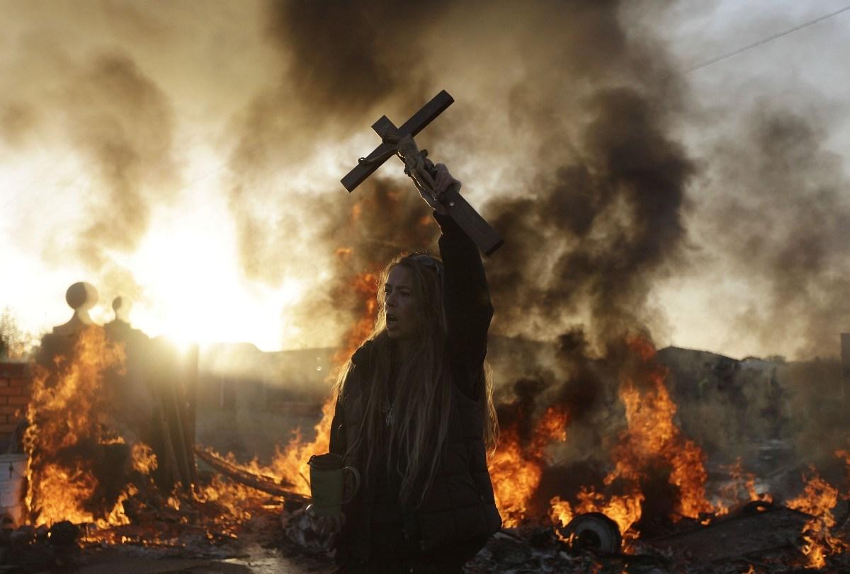 Ír cigányok erőszakos kitelepítése London mellett - Nagyítás-fotógaléria