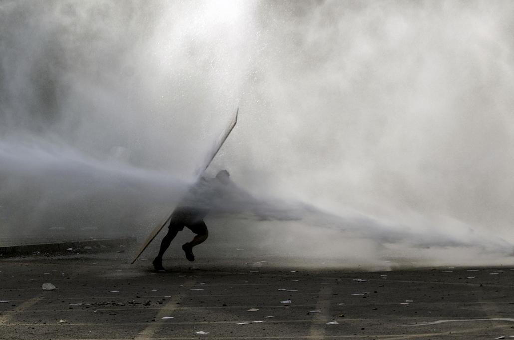nagyítás afp.19.11.19. Chile, tüntetés, víz,