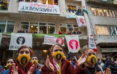 Újabb fejezet az SZFE-ügyben: a sarokba szorított tanárok meséltek