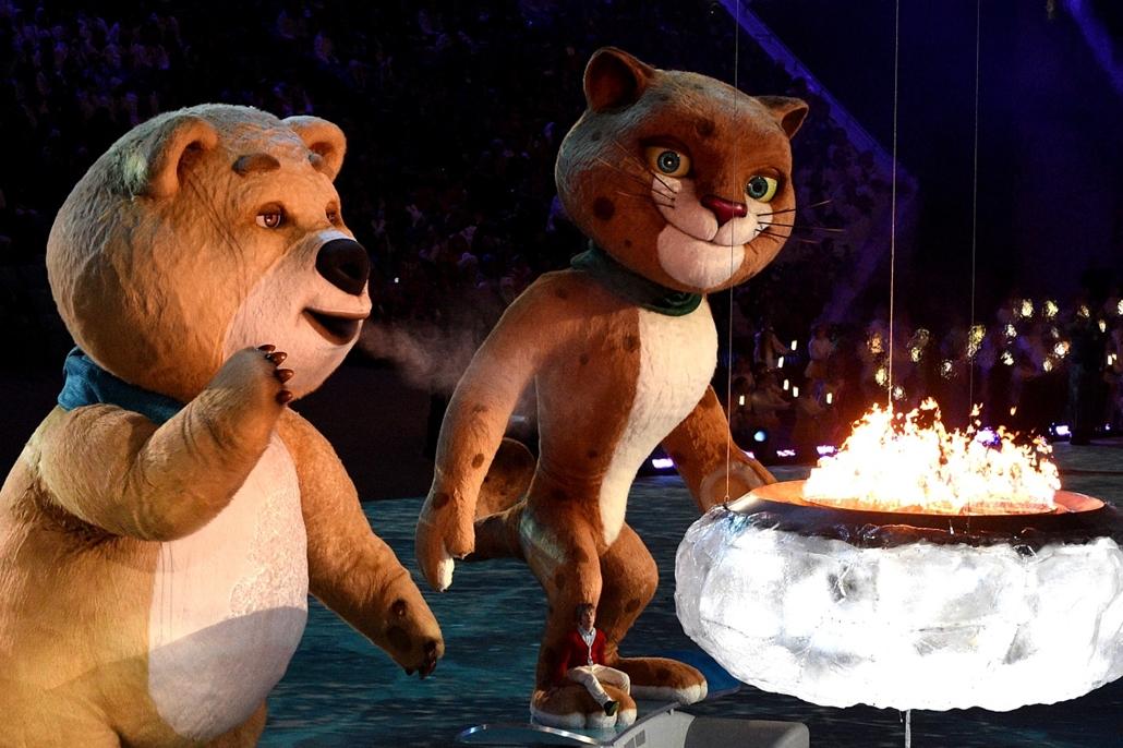 afp.14.02.23. - Szocsi, Oroszország: a téli olimpia záróeseménye - a hét képei