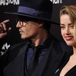 """Amber Heard: """"Johnny Depp felpofozott, aztán a hajamnál fogva rángatott"""""""
