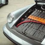 Videó: Egy tisztán elektromos Porsche 911, ami jobban gyorsul a benzinesnél