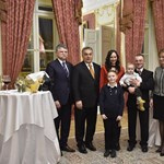 Orbán bemutatta az egymilliomodik külhoni magyart