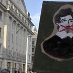 PolitiKuss - a TASZ véget vetne a politikusok véleményuralmának