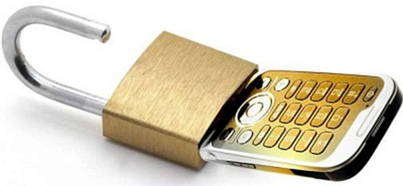 Bűncselekményt követ el, ha kikódolja mobilját