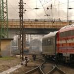 Összeveszett két mozdonyvezető, nem ment a retró vonat Tapolcára