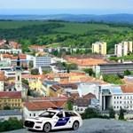Megmentettek a rendőrök egy öngyilkosságra készülő férfit Miskolcon