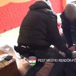 Unokázós csalókra csaptak le a rendőrök – videó