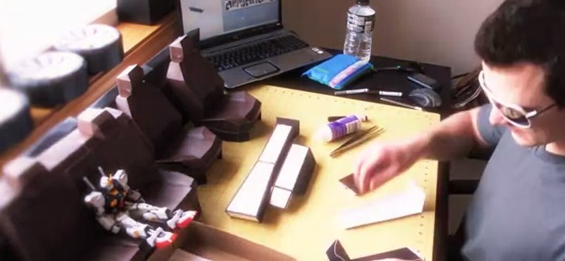 Mit hajtogatnak papírból a kockafejek?