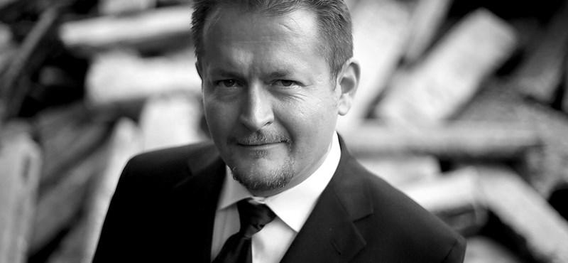 Demeter Szilárd miatt nem veszi át a Térey-ösztöndíjat Bartók Imre
