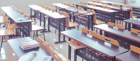 Hamarosan újraindulhat az élet az iskolákban, tovább érvényesek a diákigazolványok - a hét híre