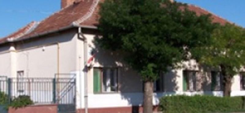 Megtalálták a dühöngőnek kialakított szobát a kecskeméti iskolában