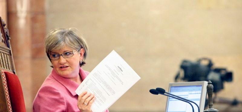 Szili Katalin a HVG cikke után átírta bevallását