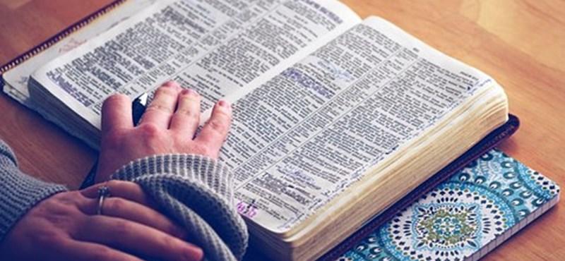 Zseniális irodalmi teszt reggelre: mennyire ismeritek Ady verseit?