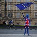 Nem lesz érvényes a britek jogosítványa az EU-ban, ha nem születik megegyezés a Brexitről