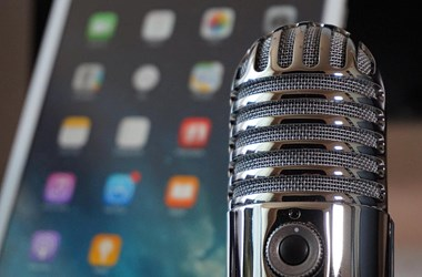 Kitört a podcast-aranyláz – erre fogad az Apple, a Spotify és a Facebook is