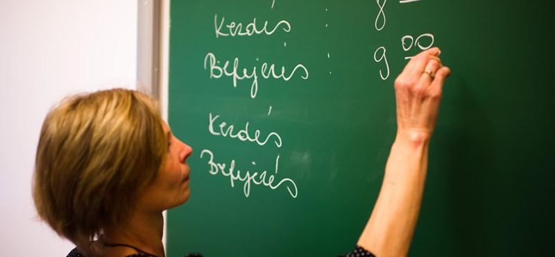 Középiskolai felvételi: ma a nyolcadikosok írásbeliznek