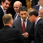 Elek István: A kormánykoalíció és a hübrisz