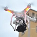 Jó hír, hogy ha eltűnne, ilyen hőkamerás drónnal is ön után mennek – videó
