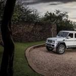 Kapaszkodjon: 375 millió forintért adták el ezt a 630 lóerős Mercedes kabrió terepjárót