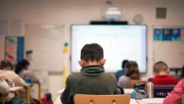 PDSZ: Retorziókkal fenyegetik azokat a tanárokat, akik megtagadják a jelenléti oktatást