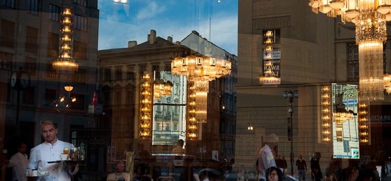 A cseh kormány eladná a prágai Lobkovic-palotát a németeknek
