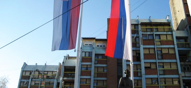 Tovább nő a balkáni feszültség, szigorította a Szerbiára kivetett vámot Koszovó