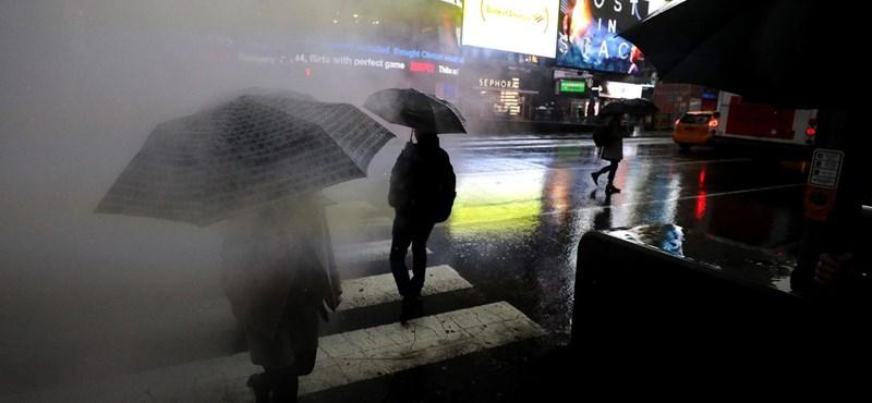 Kidobhatjuk az esernyőt? Már csinálják az újfajtát, amit nem kell fogni, hanem repül a fejünk fölött – videó