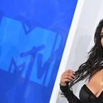 Kim Kardashian gyereket vár, de nem ő fogja megszülni
