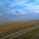 Jogosítvány nélkül, forgalomból kivont autóval, 150-nel előztek rendőröket – videó