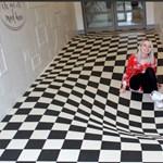 Zseniális megoldás a folyosókon szaladgálás ellen – fotók