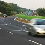 Brutális baleset Veszprémnél, két halott
