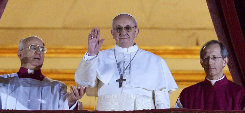Argentin pápát választottak a Vatikánban