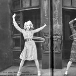 Táncos lábú modellek a Lanvin fotóin