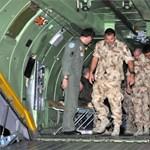 Tízfős magyar katonai kontingens jött haza Afganisztánból - fotók