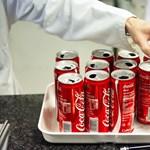 Nagy bukta a zöld címkés Coca-Cola