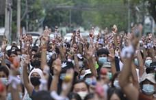 Pénzt kér a megölt tüntetők családjától a holttestek visszaszolgáltatásáért a mianmari hadsereg