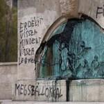 Moszkva tiltakozik a Szabadság téri emlékmű összefirkálása miatt